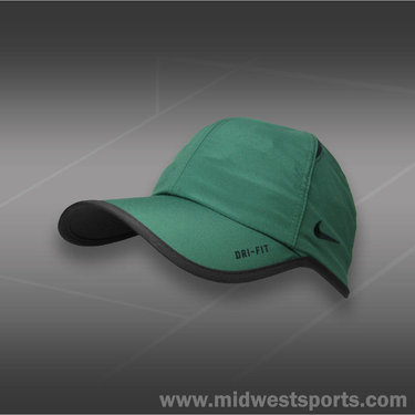 Nike Team Stock Feather Light Hat