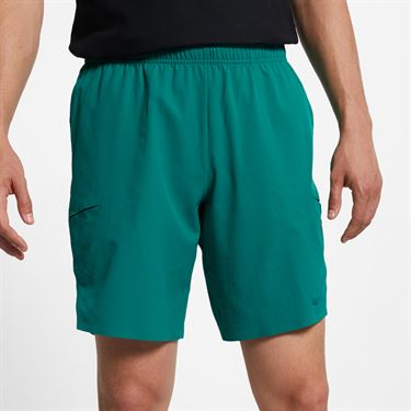 Nike Court Flex Ace 9 in Short - Mystic Green