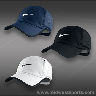 Nike Perforated Feather Light Cap