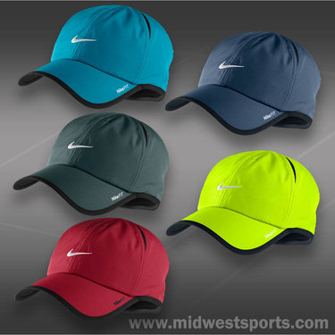 Nike Dri-FIT Mens Feather Light Hat