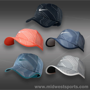 Nike Seasonal Feather Light Hat