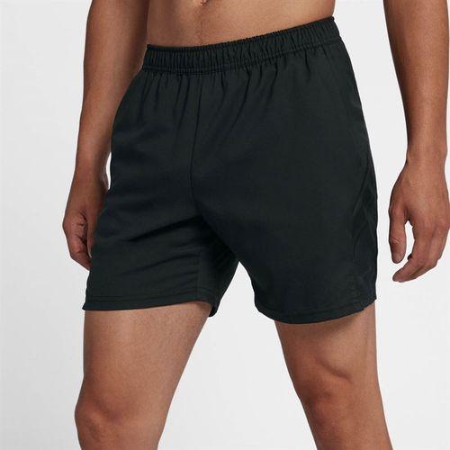 7 inch nike shorts black
