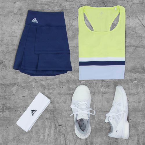 Adidas Social Holiday Outfit 2
