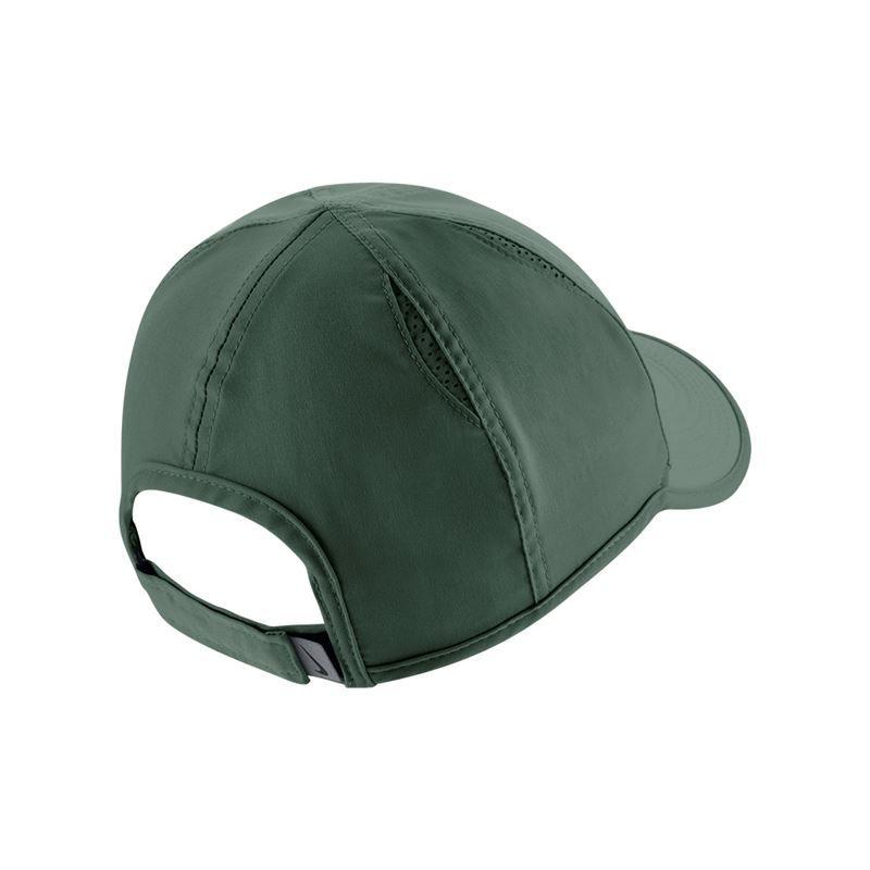 28c1fbc1269 Nike Womens Court Aerobill Feather Light Hat