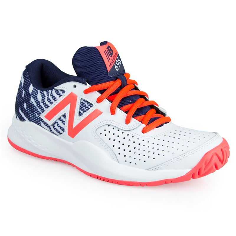 new balance tennis court shoes