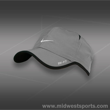 Nike Kids Feather Light Hat