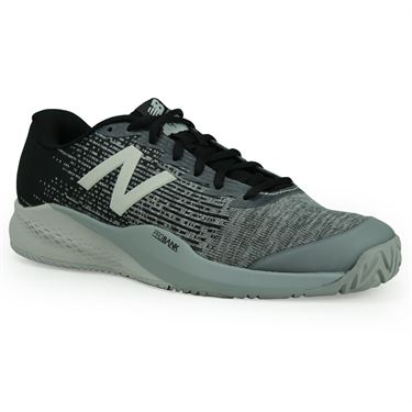 black new balance tennis shoes