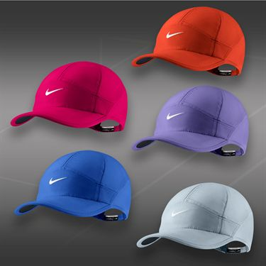 Nike Womens Feather Light 2.0 Hat