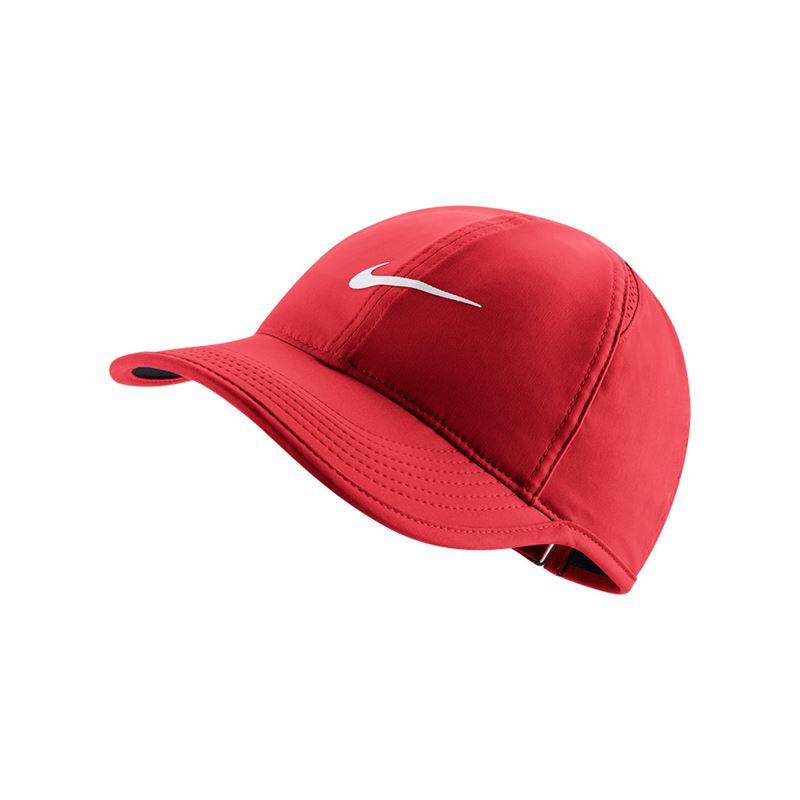 nike women 39 s featherlight hat university red black 679424 657. Black Bedroom Furniture Sets. Home Design Ideas